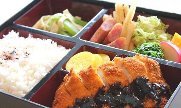 一日三餐成为奢望?近6成韩国成年人每天吃两顿饭
