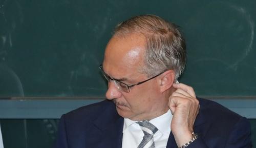 韩足协决定撤换男足主帅斯蒂利克