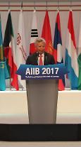 """[금주의 핫피플] 진리췬 AIIB 총재 """"남북철도 연결, 필요하다면 총회서 결정할 사항"""""""
