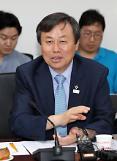 도종환 문체부 장관 출판펀드 100억원 조성…출판 자율성 훼손 다시 없어야