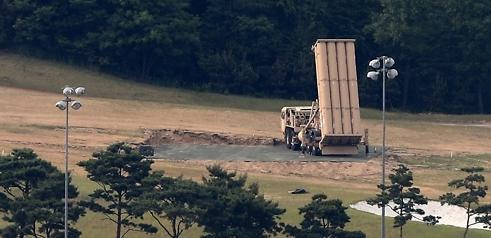 文在寅:韩美原定到今年下半年只部署一辆萨德发射车