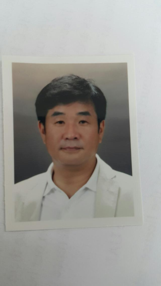 W+2VnOyYgeyLney5vOufvF3igIsgQ0VP7J247IKs7J207Yq4LCDquLgg6re466as6rOgIEpvdXJuZXk=