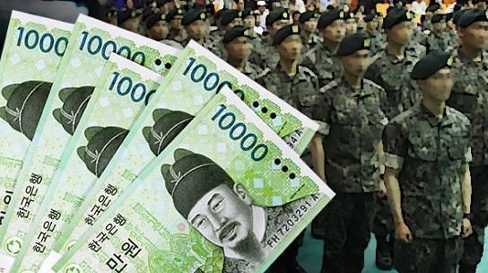 韩义务兵明年涨薪至最低工资标准的30%
