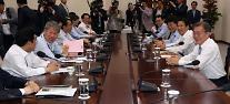 '젊어진' 문재인정부 청와대 1기 참모진…'숨은 실세'로 개혁 주도