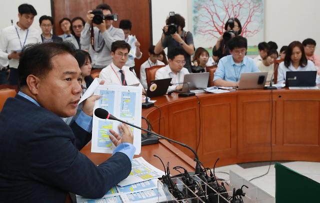 부실검증 비난·安 침묵 장기화…사면초가 국민의당