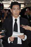 Prosecutors demand suspended jail sentence for BIGBANG member TOP