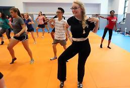 [PHOTO] Dance Time!