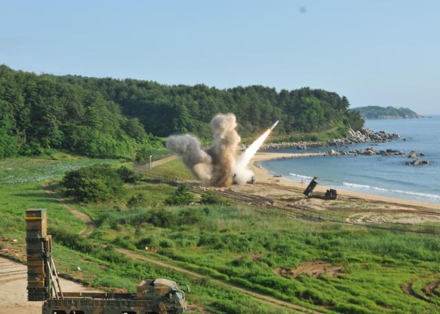 韩美实施拦截弹道导弹训练 应对朝鲜试射ICBM