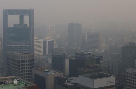 东北亚三国环境污染意识调查 韩国高于日本和中国
