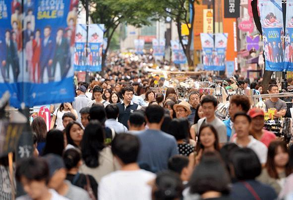 韩低收入群体消费心理未改观 收入不平等问题突显