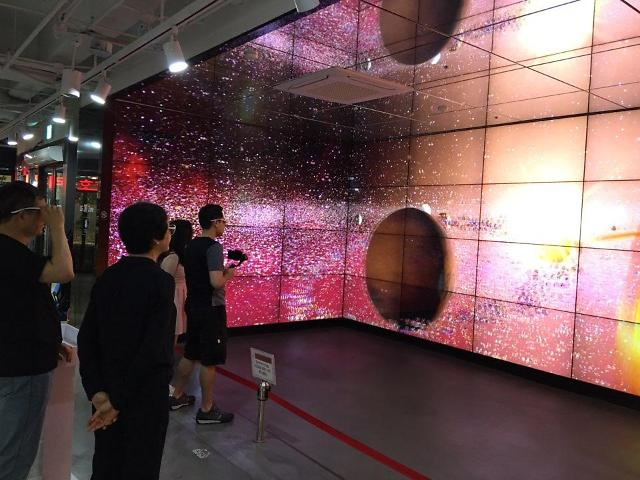 [AJU VIDEO]小朋友大朋友阵阵惊呼!LG电子3D体验厅