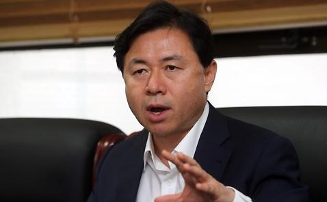 韩海水部长官会见驻韩日大使