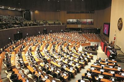 文政府追加预算案在国会未获通过
