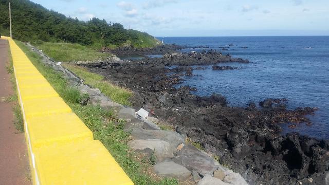[AJU VIDEO] 济州岛海岸路~风大,海蓝,阳光刚好!