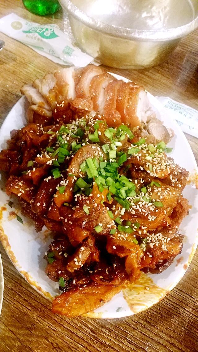 [AJU VIDEO] 东大门美食推荐--辣炒猪蹄