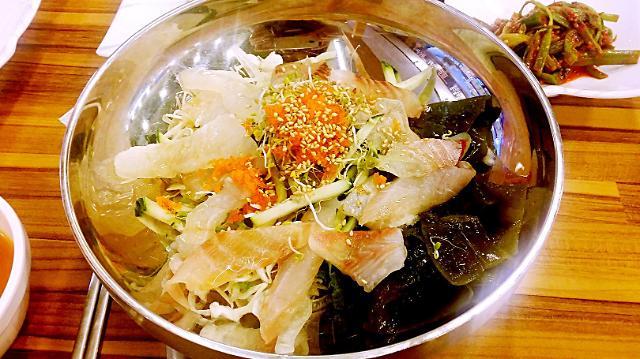 [AJU VIDEO] 济州岛美食推荐——生鱼片拌饭