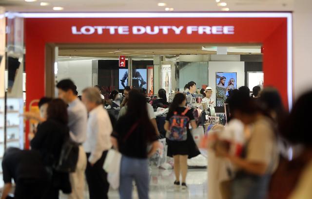 啥情况?外国游客不来了 免税店消费额不减反增