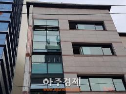 """[현장 인터뷰]""""탈북녀 임지현,방세 밀린 적 없고 평범..떠난 후 방엔 옷들과 인형"""""""
