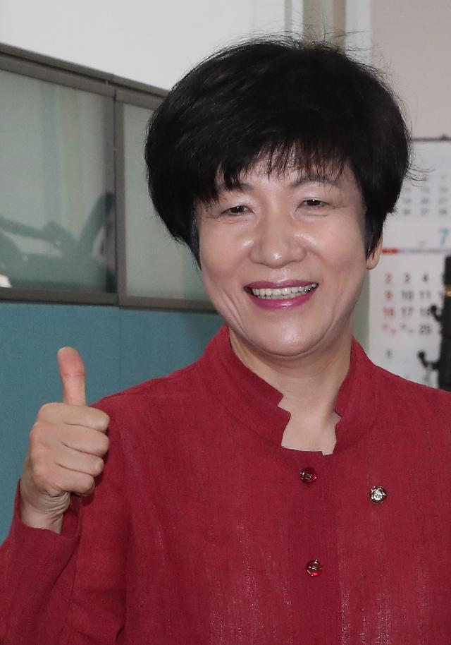 文在寅政府内阁女性长官比重占3成 创韩国宪政史之最