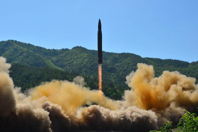 朝鲜宣布成功试射洲际导弹 射程可达美国本土