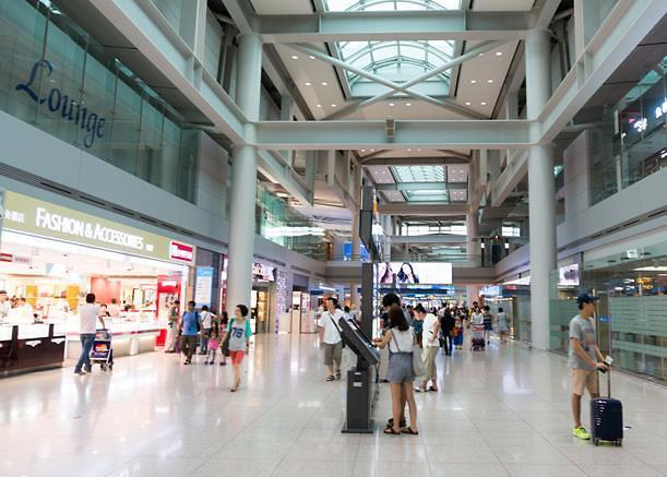 韩欲在机场开入境免税店! 赞成与反对声此起彼伏