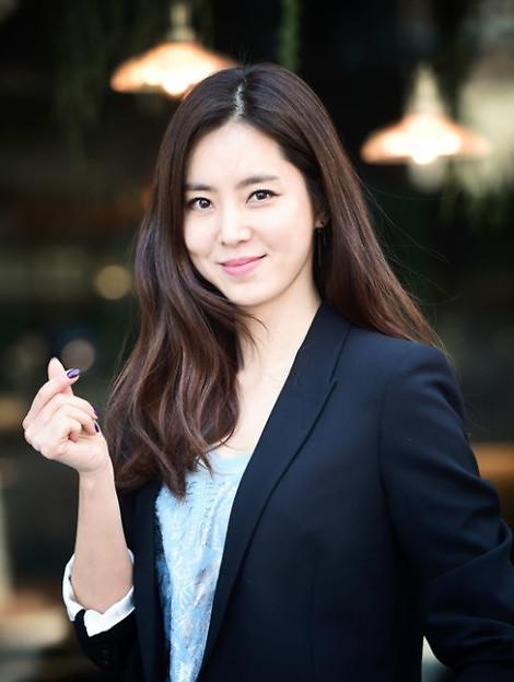韩彩雅将出演MBC新剧《金钱花》