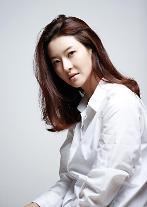 女優ソン・ソンミの夫、美術監督コ・ウソク氏、凶器に刺され死亡