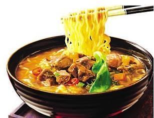 韩国方便面登顶中国进口市场 十分之一中国人吃过它