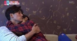 """.""""中韩夫妇""""于晓光秋瓷炫再撒狗粮 《同床异梦2》收视率连续三周破9%."""