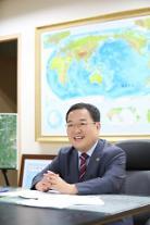 """[아주초대석] 이철우 새만금개발청장 """"미래 성장 이끌 새만금사업 성공 추진 최선"""""""