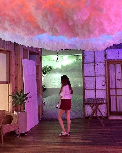 """美术界为韩国乐坛添活力 歌手回归秒变""""画手"""""""