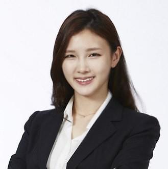 SK会长崔泰源长女10月与企业家结婚