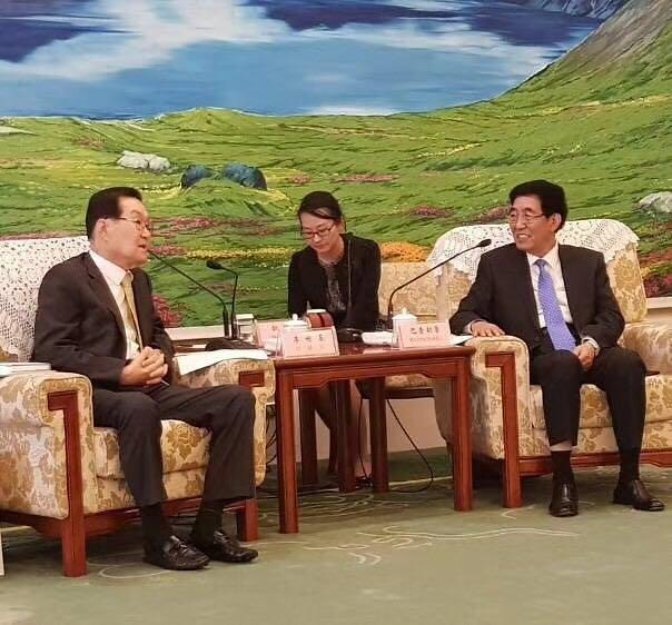 吉林省省委书记巴音朝鲁会见韩中亲善协会会长李世基一行