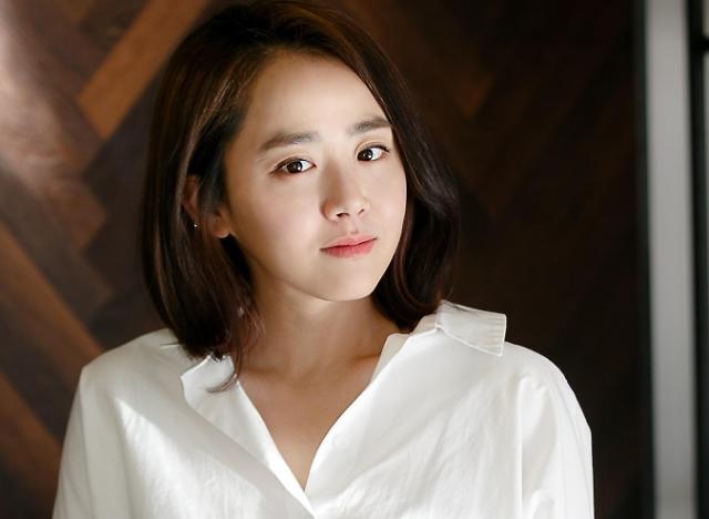 文瑾莹新片《玻璃庭院》定为第22届釜山国际电影节开幕影片