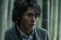 [리뷰] '살인자의 기억법' 소설과 원작의 차이…'호오'(好惡) 가르는 변주법