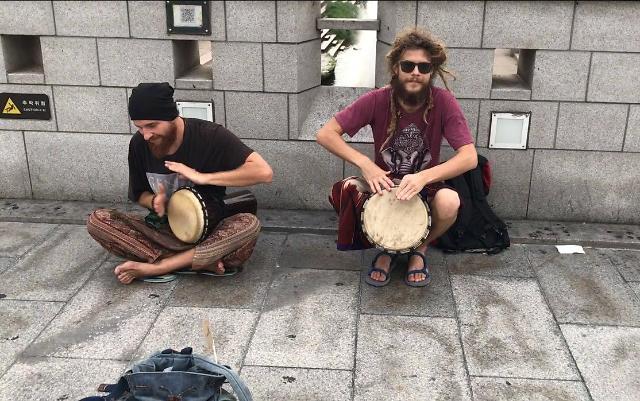 [AJU VIDEO] 首尔的外国街头艺术家