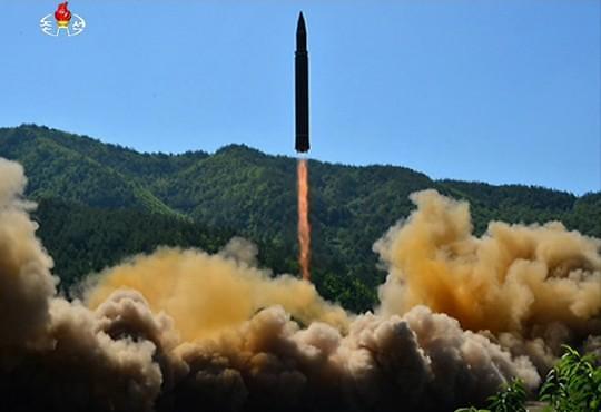 韩联参称朝鲜向半岛东部海域发射导弹