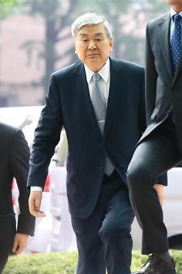 경찰 출석한 조양호 한진그룹 회장
