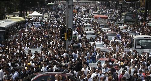 멕시코 규모 7.1 강진에 수만명 대피...최소 42명 사망