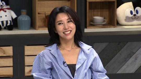 金元萱录制《冰箱》 称演员李敏镐为理想型
