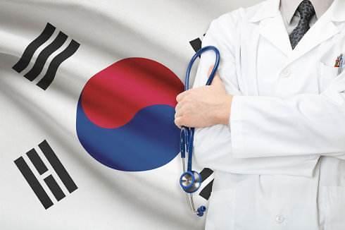 外国游客对韩国医疗服务赞不绝口 昂贵的费用和沟通问题成绊脚石