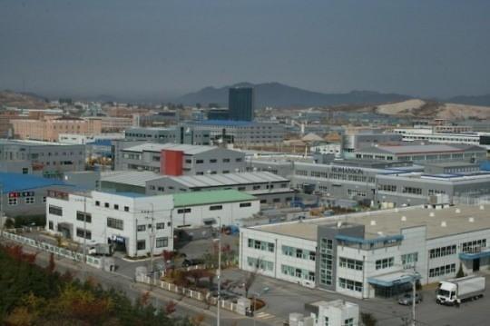 韩申明开城园区工厂产权 反对朝鲜擅自开工