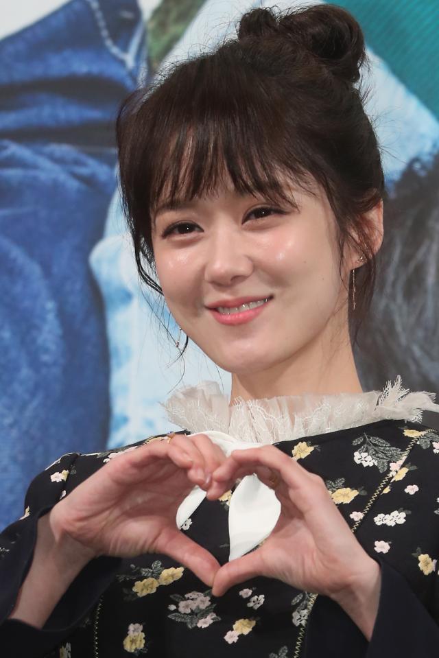 韩剧《Go Back夫妇》发布会 主演张娜拉闪亮登场