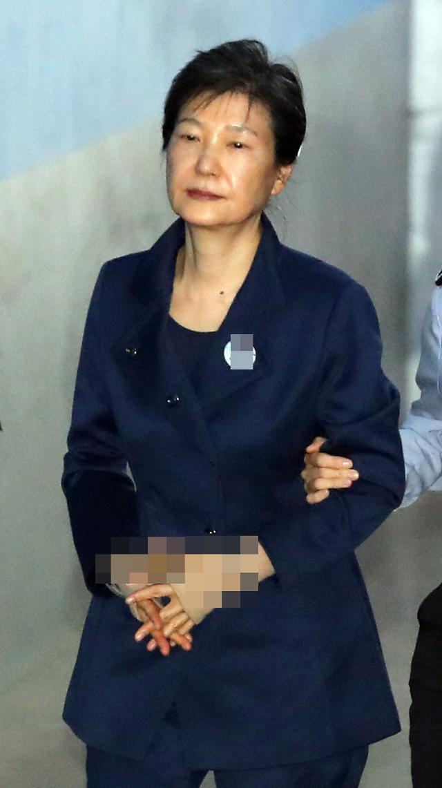 朴槿惠:未滥权谋私 望假借法治之名的政治报复到此为止