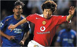 .Football icon Park Ji-sung to open online football class.