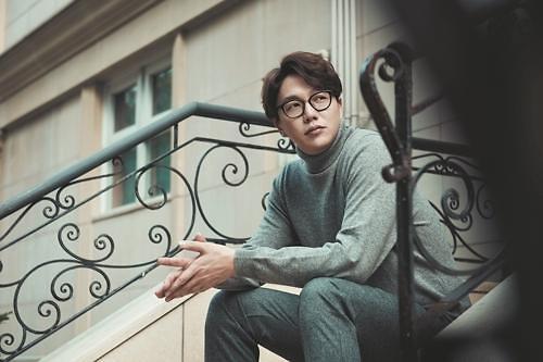 情歌王子成诗京月底携新专辑回归乐坛