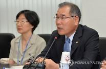 """[2017 국감] 이개호 의원 """"aT 지원 국내농산물 수출기업 매년 감소"""""""
