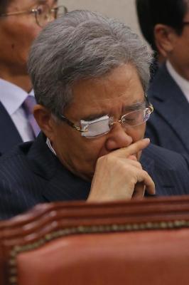 강원랜드 비리 관련 머리 아픈 함승희 사장
