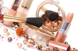 """.韩发布""""今年消费者市场评价"""" 化妆品得分最高汽车修理服务垫底."""