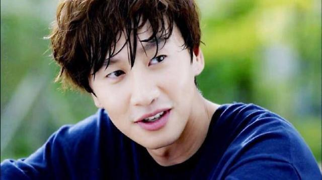 李光洙主演新剧《Live》明年初上档tvN周末剧